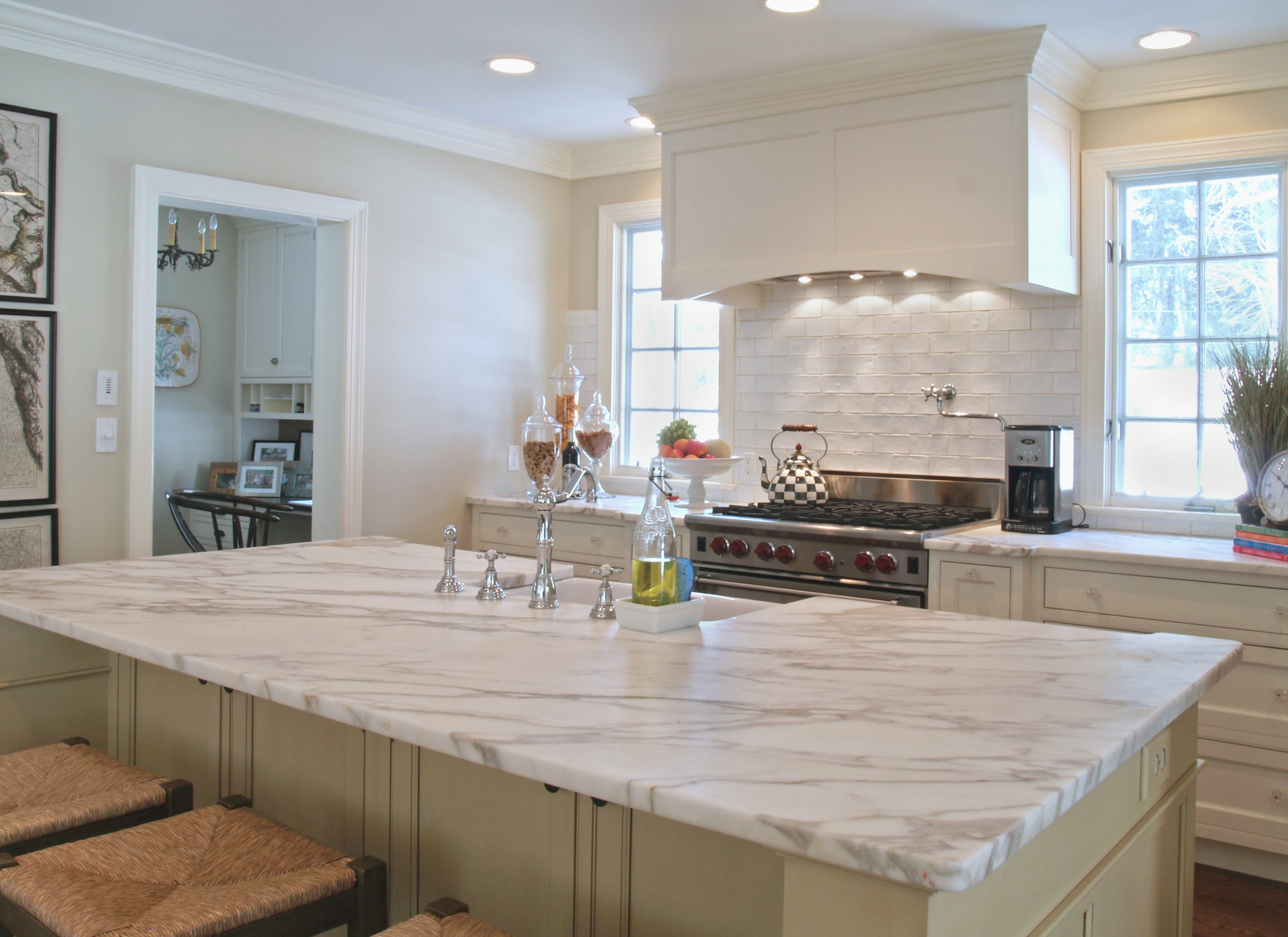 OLYMPUS DIGITAL CAMERA-We do great kitchen & bath remodeling, home renovations, custom lighting, custom cabinet installation, cabinet refacing and refinishing, outdoor kitchens, commercial kitchen, countertops and more
